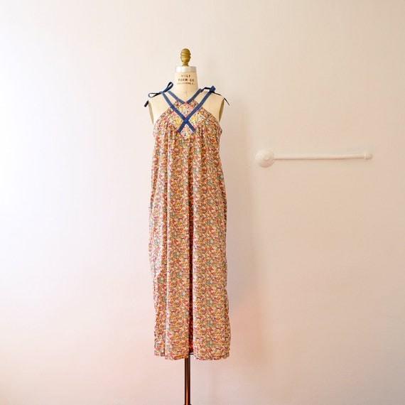 70s Floral Cotton Gauze Gown // halter shoulder tie XS S