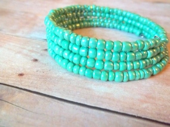 M I N T - Mint Green Glass Seed Bead Silver Memory Wire Wrap Bangle Bracelet