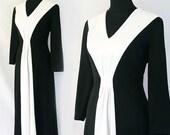 1970s Cruella Deville Black and White Dress Size M