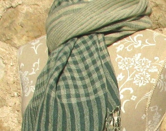 Handwoven Linen Flax Shawl- Green checked scarf with hand twisted fringes