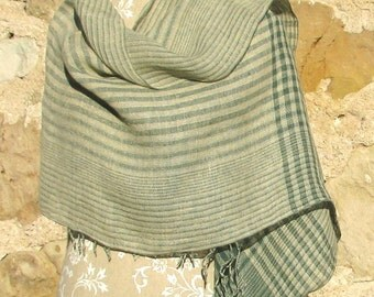 Handwoven Linen Flax Shawl- Green Islands Num2