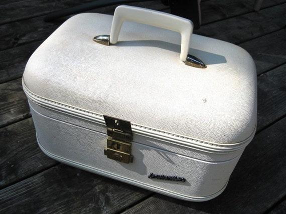 Train Case Vintage 1960s Laurentian Deluxe
