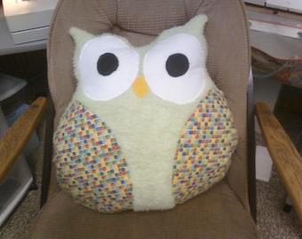 Whoooo's Pillow