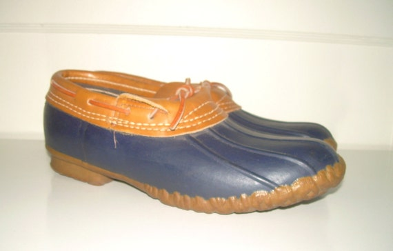 Vintage Maine Hunting Duck Shoes Navy Blue and Tan Made in the USA (Sz 8)
