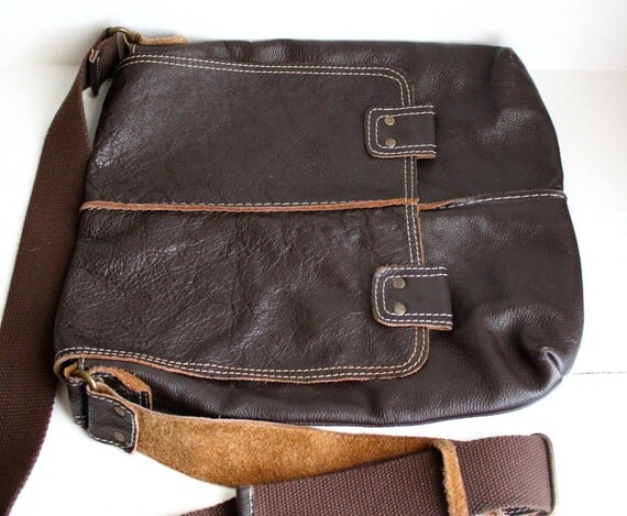 vintage Wilson leather cross-body messenger bag // dark brown // wide canvas adjustable strap