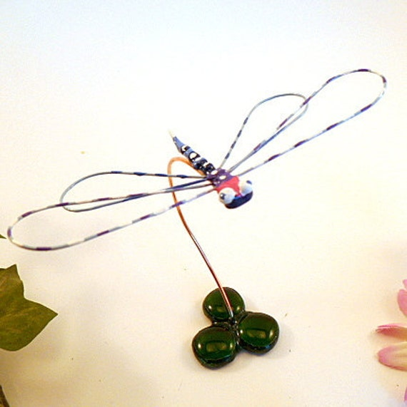 Blue Dragonfly Handmade Wire Art Bug Gift of Nature Gift for Entomologists Bug Lovers Cute Dragonfly Home Decoration Window Sill Ornament
