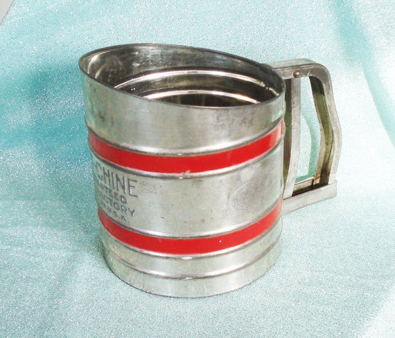 50's Sift Chine Flour Sifter