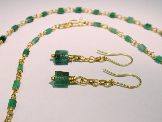 Emerald Necklace 22k gold