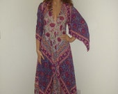 Vintage 70s Hippie Boho Indian Maxi Dress, Paisley and Floral Print India Caftan Dress,  xs/s/m