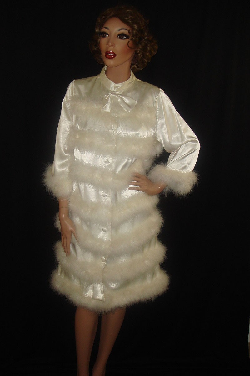 Vintage 1960s White Satin Dressing Gown With Marabou Feathers