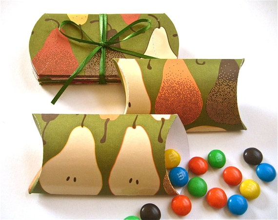 Thanksgiving Place Settings Pillow Boxes Candy Box Favors, Pears Set of 12