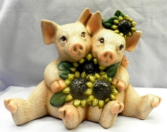 CuddlePigs with Sunflowers  A112