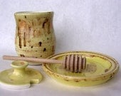 Honey dipper pot jar set with lid saucer and stick speckled yellow