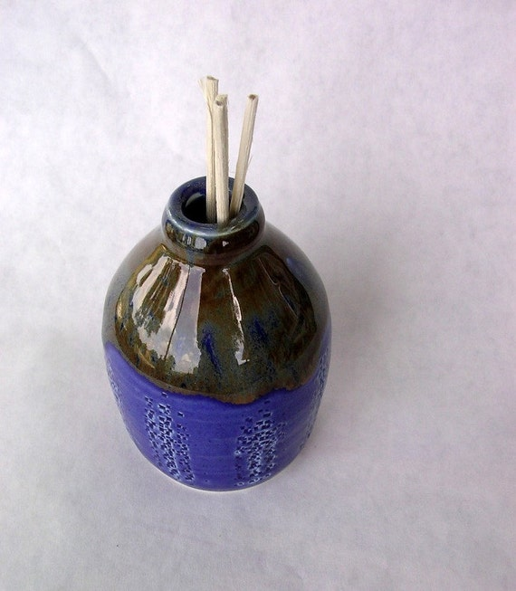 Reed diffuser bud vase pot cobalt blue