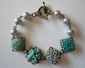 Jade Green Charm Bracelet Flower Floral Charm Bracelet Gray Pearl Bracelet Antique Brass Bracelet Vintage Style Jewelry