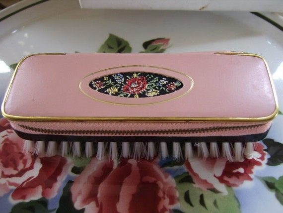 Near Mint Vintage Sewing Kit Brush