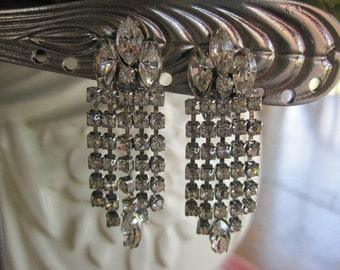 Vintage WEISS Chandelier Drippy Rhinestone Clip on Earrings Bride Bridal Wedding