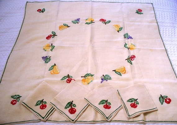 RESERVED FOR KATHY Exceptional Vintage Tablecloth, Hand Embroidery Fruit, Luncheon Cloth, Four Napkins for Bridge or Kitchen, Lunch Table