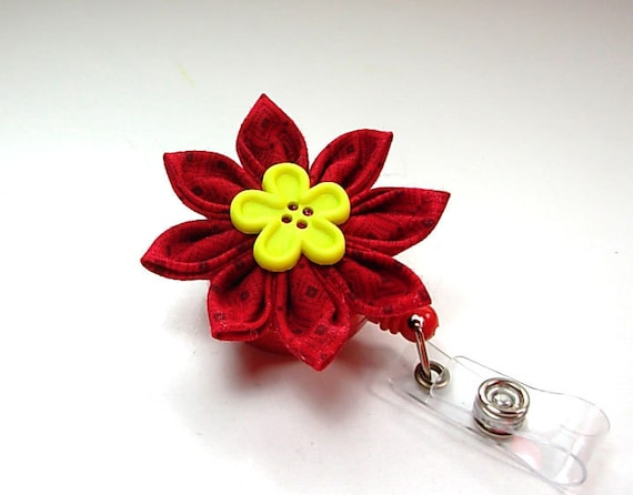 retractable ID reel with red Japanese flower