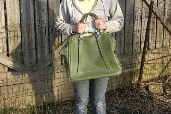 Vintage American Tourister Avocado Green Vinyl Carry On Luggage Bag