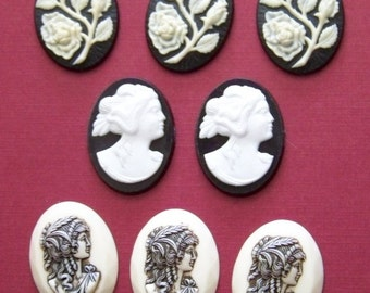 Vintage Cameos  cabochon women and flowers