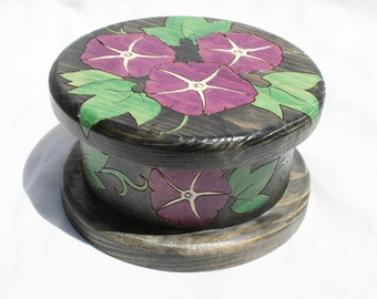 20% OFF Morning Glory Round Box Painted Pyrographed