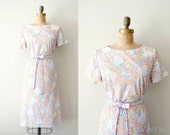 vintage 1960s dress : 60s shift dress / lavender pastel floral