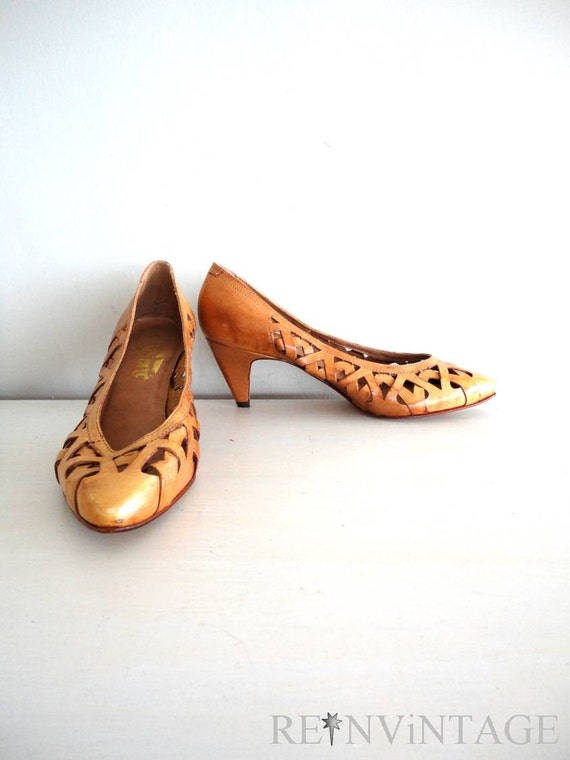 vintage HONEY GOLD fioni leather heels