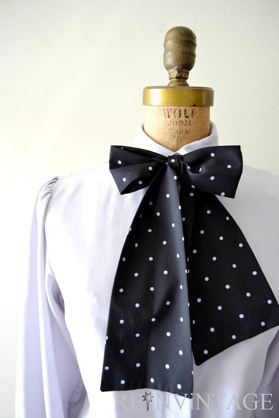 vintage secretary blouse : 1980s lavender gray bow tie top