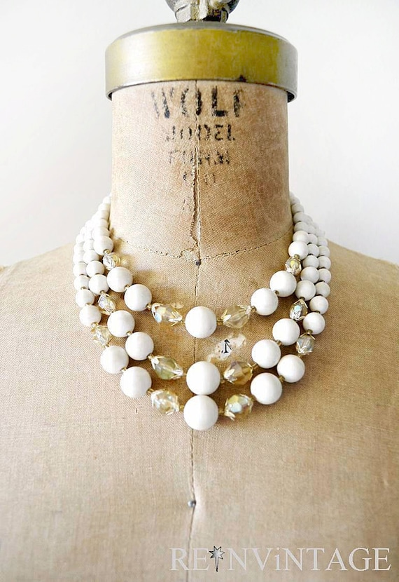 vintage beaded necklace : 1960s ivory metallic 3 strand pearl necklace