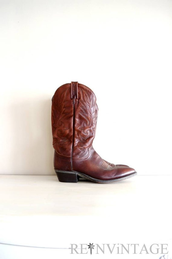 vintage cowboy boots : men's brown leather boots by Dan Post