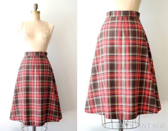 vintage plaid skirt : 1970s chocolate cherry tartan plaid wool skirt