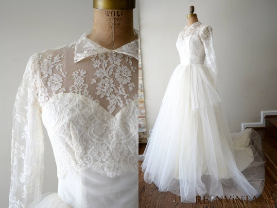 vintage 1940s wedding dress - 40s lace wedding dress / ivory white peplum tulle full skirt