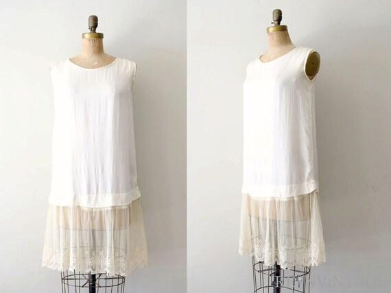 vintage 1920s slip - 20s silk dress slip / ecru ivory lace hem