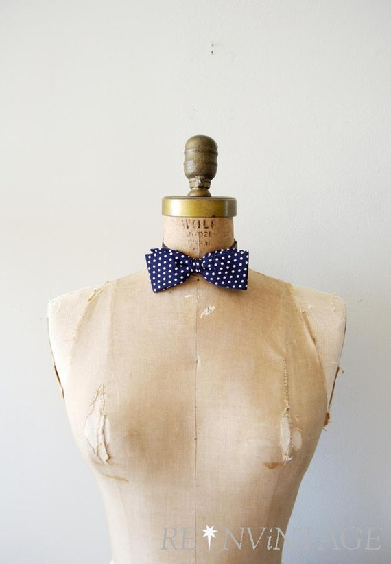 vintage bow tie - 1950s NAUTiCAL navy polka dot / 50s adjustable bow tie