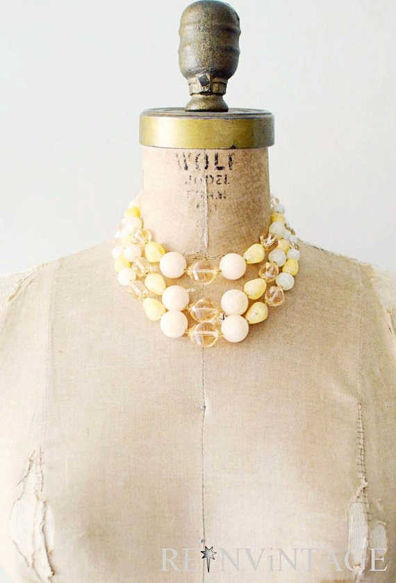 vintage beaded necklace - 1960s peach cobbler beads / metallic 3 strand necklace