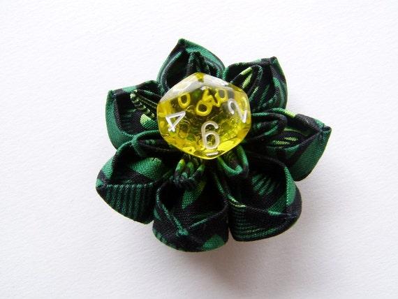Emerald Dream Kanzashi Dice Hair Clip