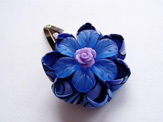 Peacock Posey Kanzashi Hair Flower Clip