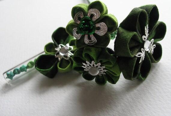Spring Green Kanzashi Flower Hair Stick in Green with Star Jar