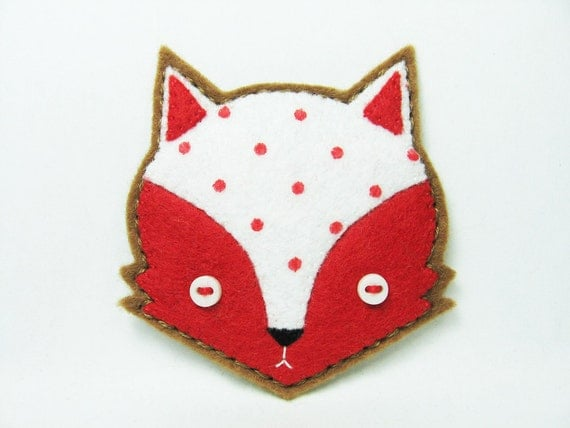 Whimsical fox felt pin