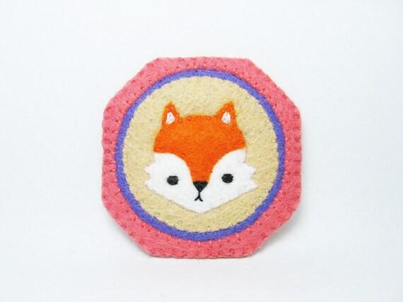 SALE Miniature fox portrait felt pin