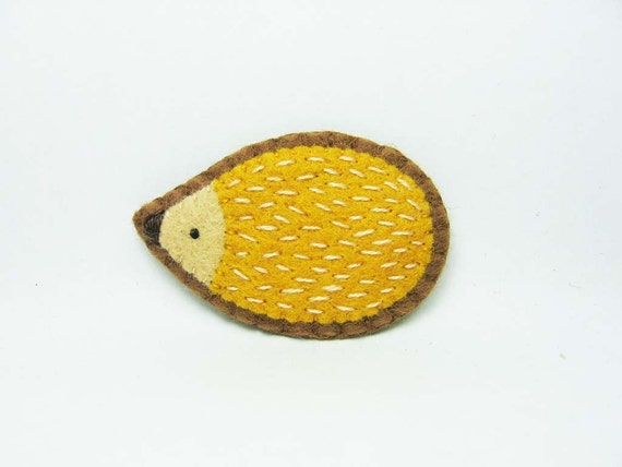 SALE Friendly hedgehog felt pin - small size - made to order