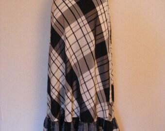 Gorgeous Vintage Country Chic Black And White Gingham MISTER LEONARD Skirt By Len Wasser