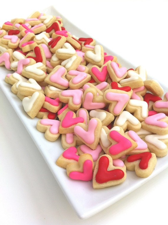 Valentine's Day Big Heart Minis Cookies (1 pound)