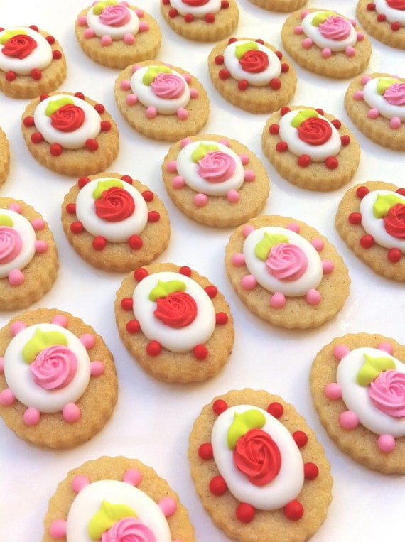 Shabby Chic Rose Cookies (1/2 pound)