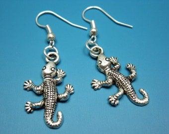 Gecko Earrings - tiny lizard earrings reptile wildlife animal earrings cute jewellery funky jewelry rockabilly quirky funny silver plated