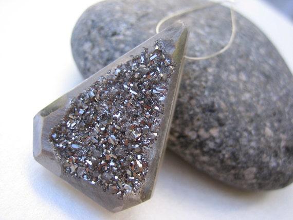 Large Silver Grey Sparkly Druzy Pendant Bead