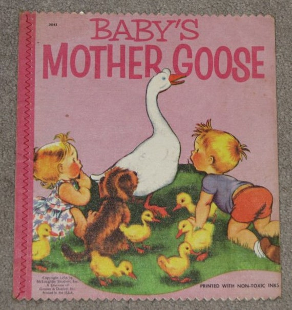 1954 Baby's Mother Goose - McLoughlin - GORGEOUS Linen Booklet - Nursery rhymes Picture Book