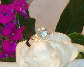 Breath-taking Signed 925 Sterling Silver Ring with Aqua Stone