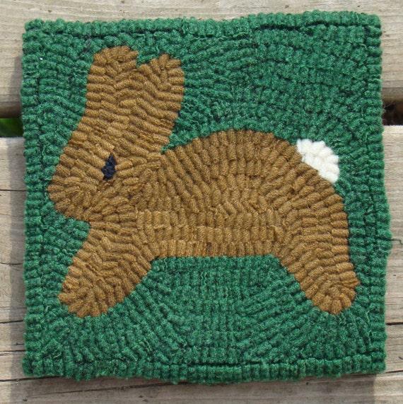 Primitive Running Bunny Beginner Rug Hooking Kit